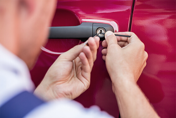 Auto Locksmith - Cut Keys